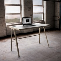 maya-desk-dare-studio-02