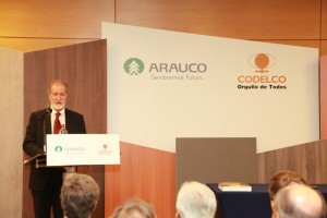 01-arauco-y-codelco-presentan-melamina-con-cobre-antimicrobiano