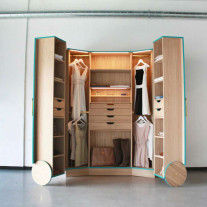 Walk In Closet por Hosun Ching