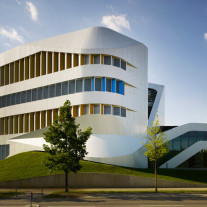 Centre for Engineering por UNStudio