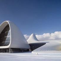 Centro Cultural Heydar Aliyev por Zaha Hadid