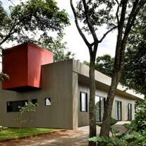casa-da-caixa-vermelha-leo-romano