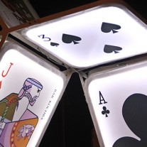 house-of-cards-oge-group-photo-©-avital-pinnick