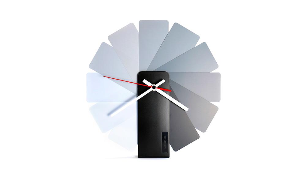 Transformer Clock por Vadim Kibardin