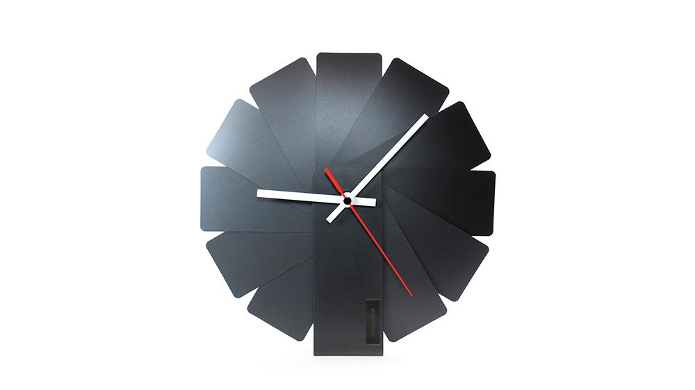 02-transformer-clock-vadim-kibardin