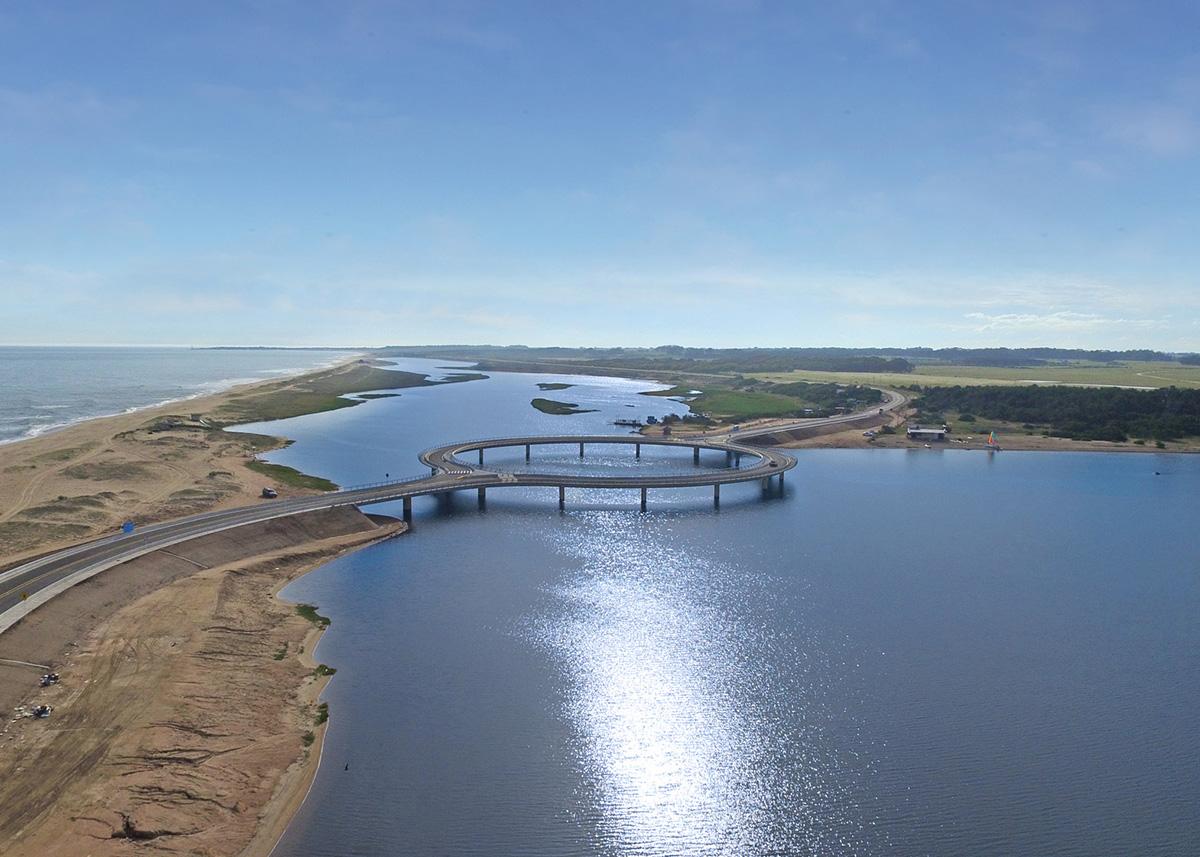 Puente Laguna Garzón por Rafael Viñoly
