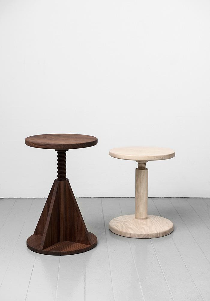 All Wood Stool por Karoline Fesser