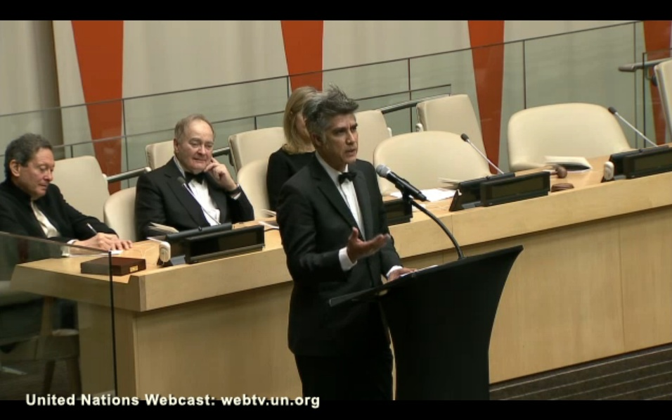 03-ceremonia-pritzker-2016-alejandro-aravena