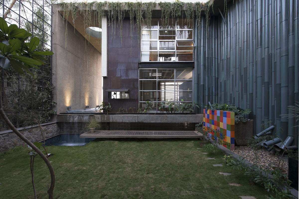 04-collage-house-sps-architects