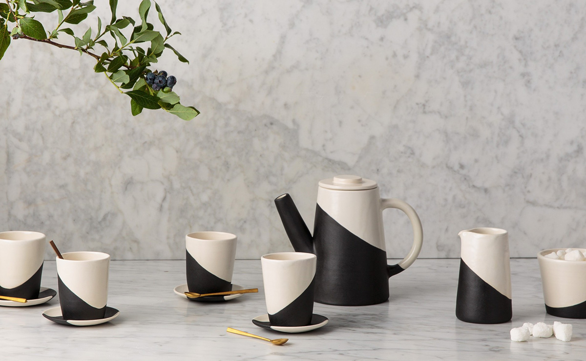 10-APPARATUS-STUDIO-SLANT-TEA-SET-AGAINST-MARBLE