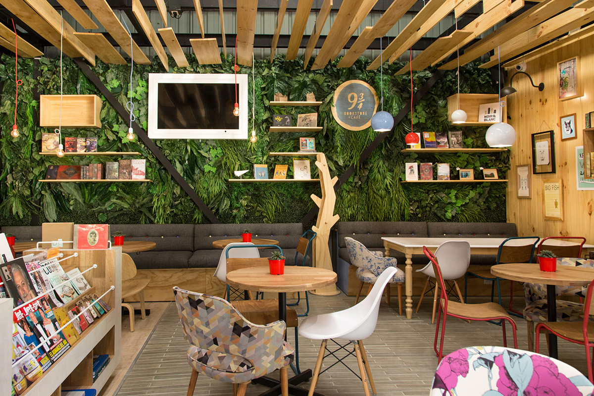 04-9-3_4-libreria-y-cafe-plasma-nodo