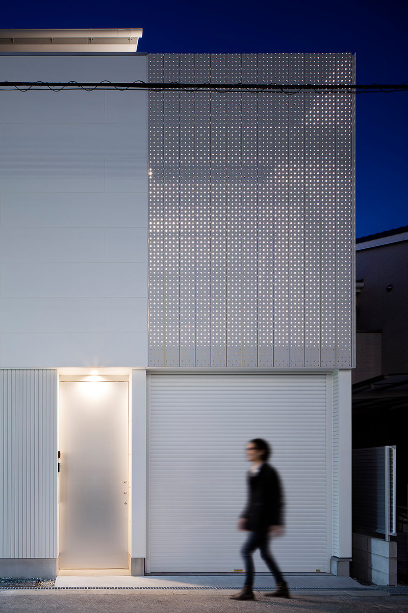 13-light-grain-yoshiaki-yamashita-architect-and-associates-photo-eiji-tomitas