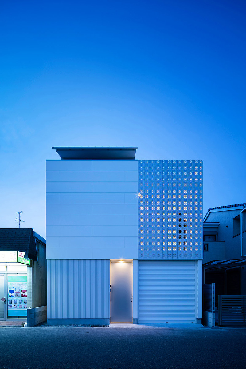 14-light-grain-yoshiaki-yamashita-architect-and-associates-photo-eiji-tomitas