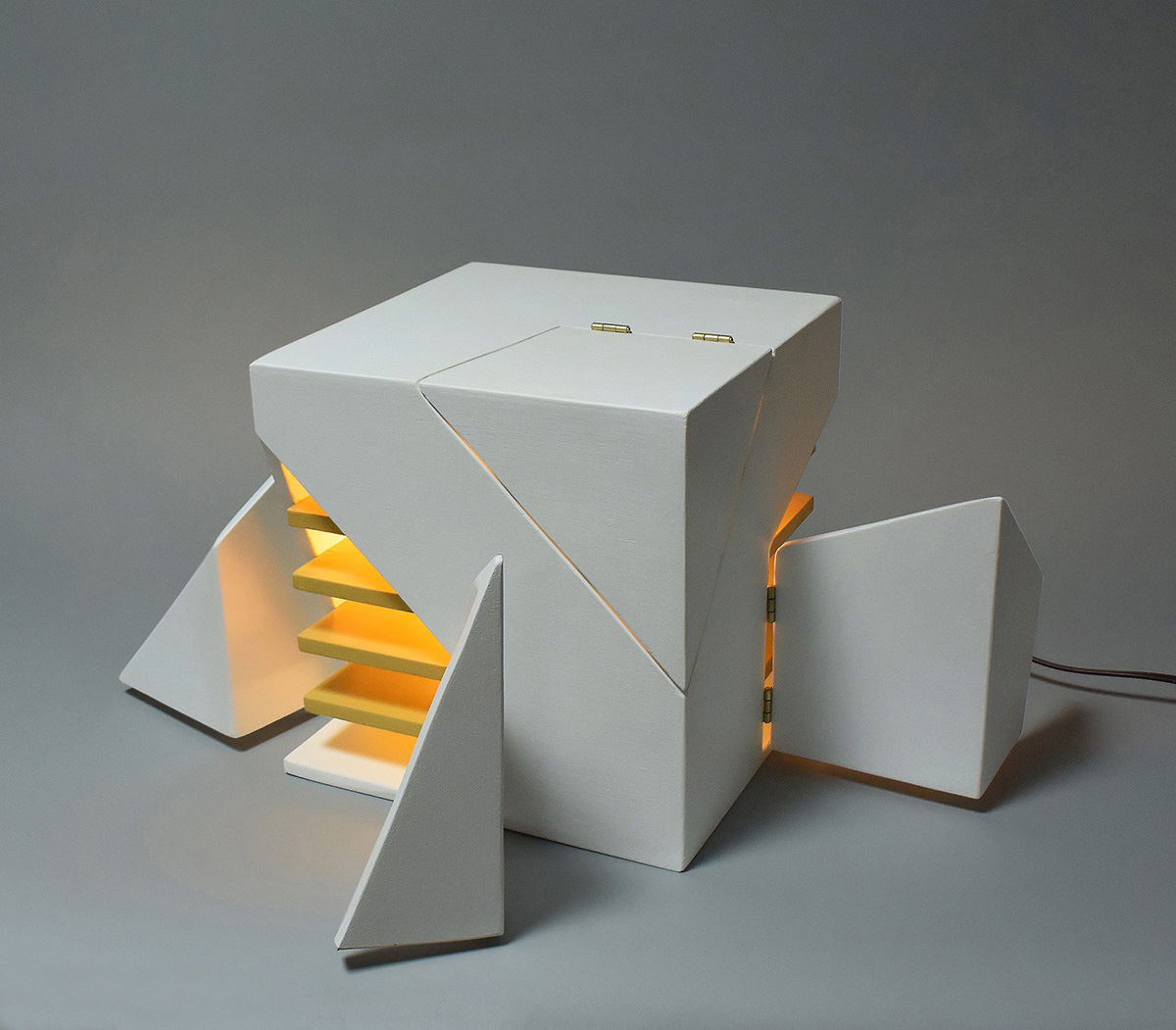 02-folding-light-michael-jantzen