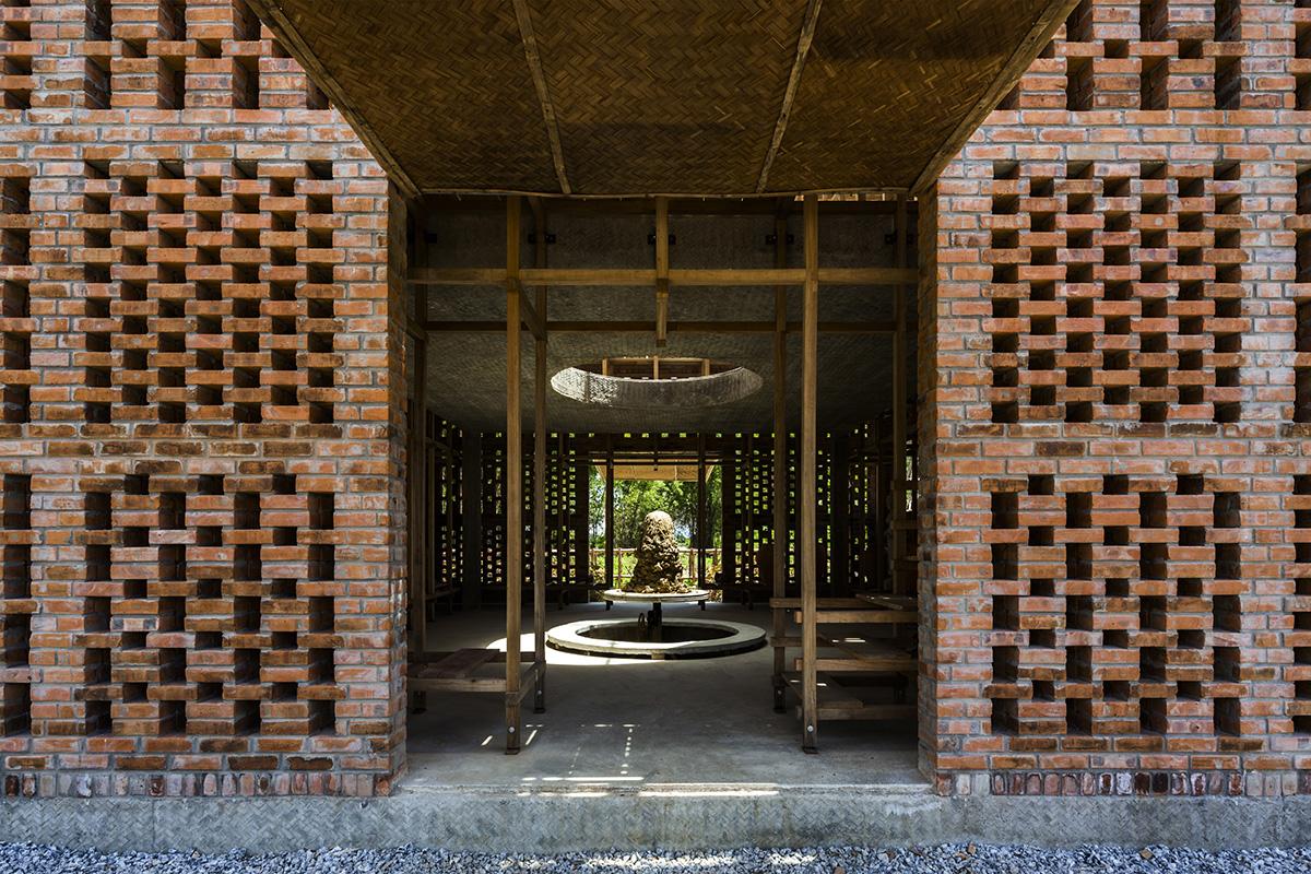 03-terra-cotta-studio-tropical-space-photo-hiroyuki-oki