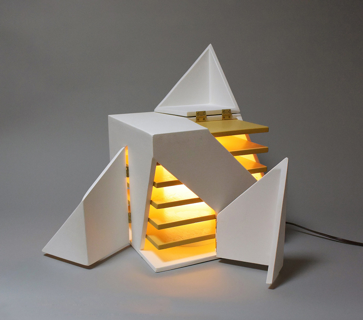 04-folding-light-michael-jantzen