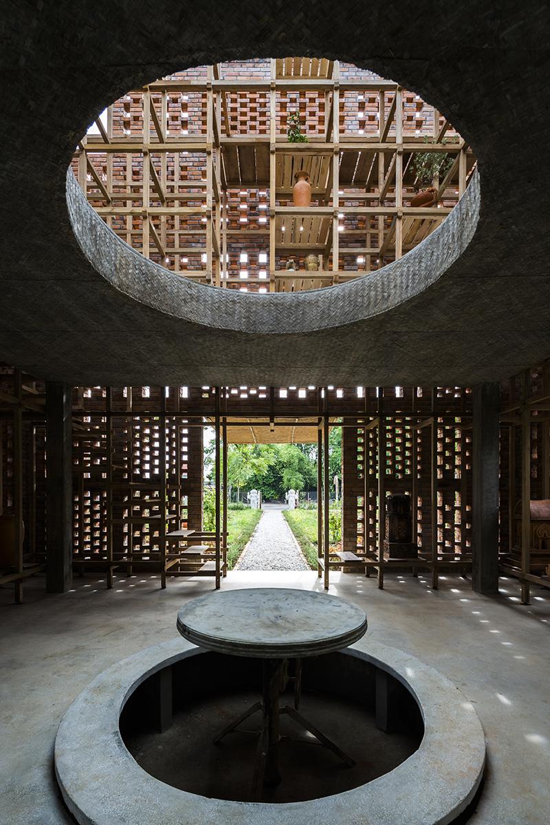 04-terra-cotta-studio-tropical-space-photo-hiroyuki-oki