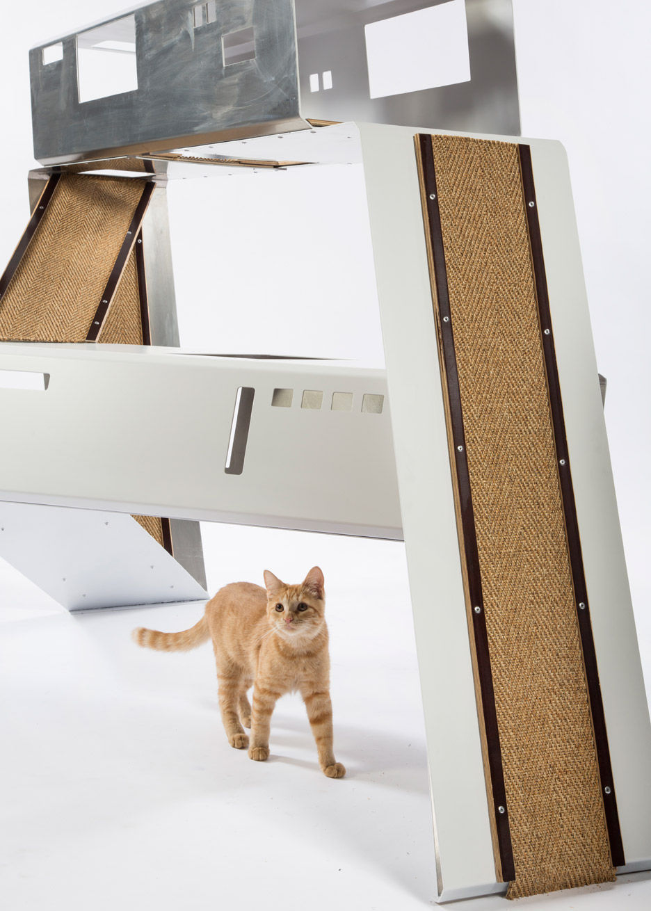 10-WORD-schmidt designs-cat-shelter