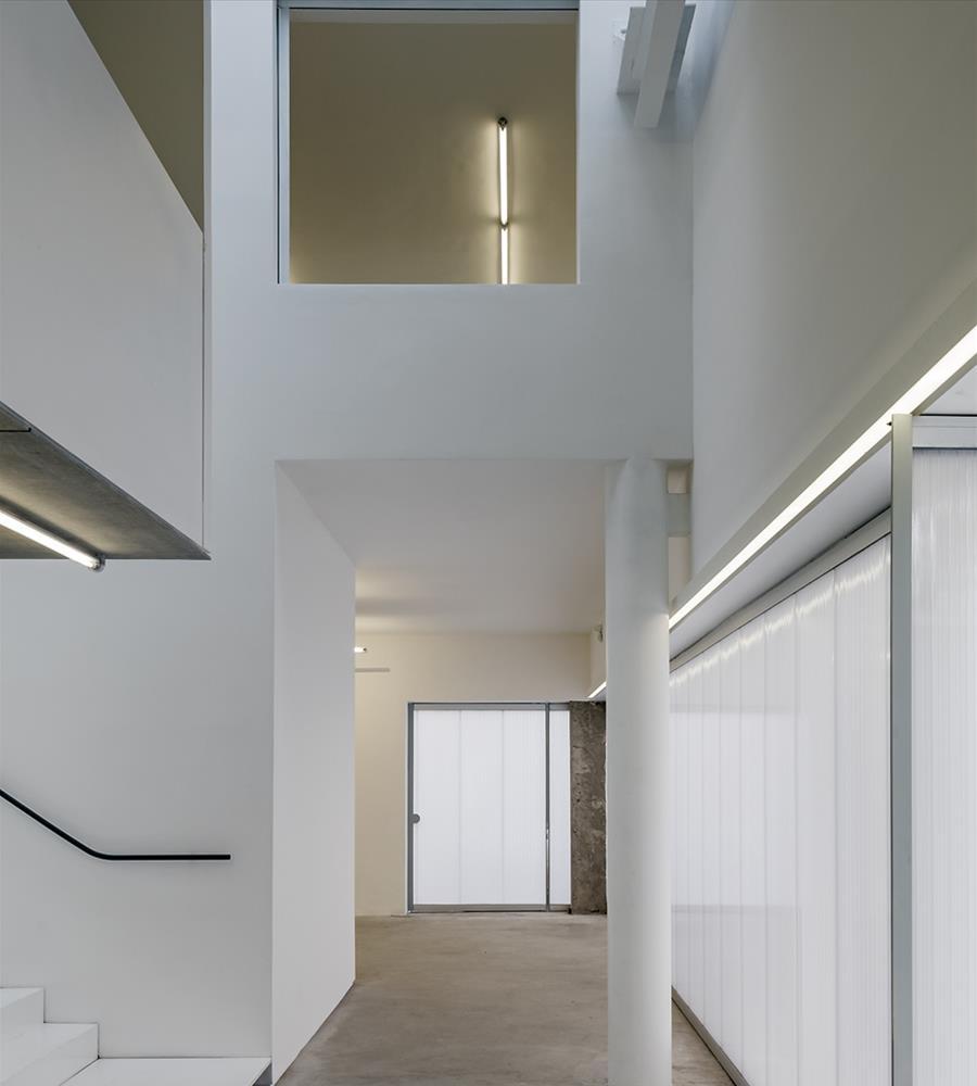 07-casa-triangulo-metro-arquitetos-associados-foto-leonardo-finotti