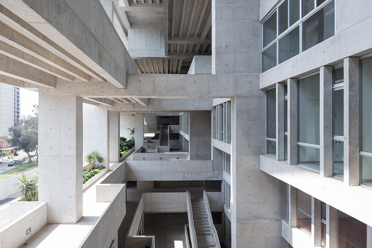 10-universidad-ingenieria-tecnologia-utec-grafton-architects-shell-arquitectos-foto-iwan-baan