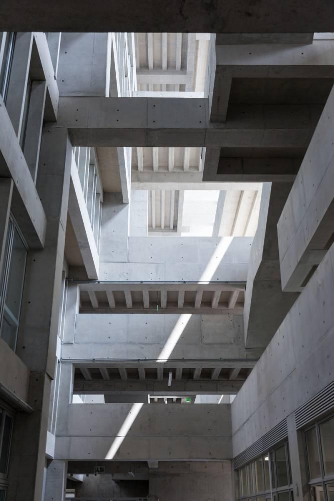 13-universidad-ingenieria-tecnologia-utec-grafton-architects-shell-arquitectos-foto-iwan-baan