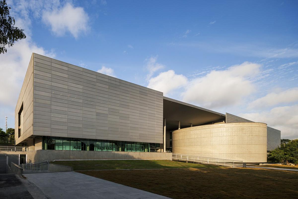 01-biblioteca-brasiliana-mindilin-loeb-dotto-arquitetura