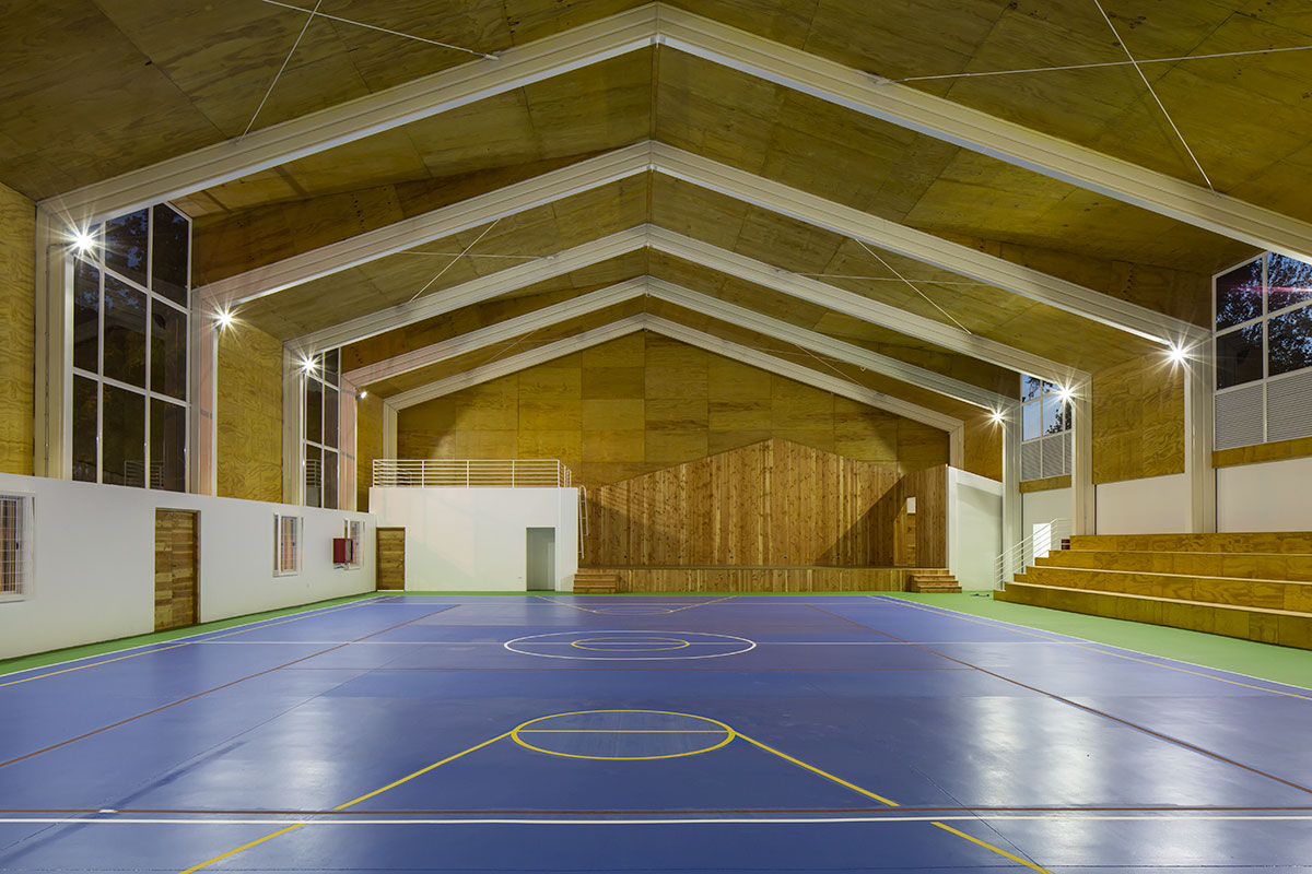 06-arquitectura-chilena-gimnasio-municipal-calera-tango-comun-arquitectos