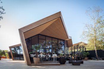 01-boos-beach-club-restaurant-metaform-architects-foto-steve-troes-fotodesign