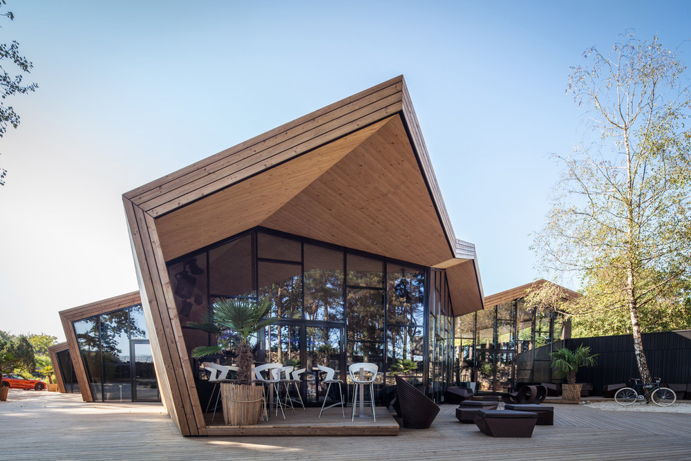 01-boos-beach-club-restaurant-metaform-architects-foto-steve-troes-fotodesign