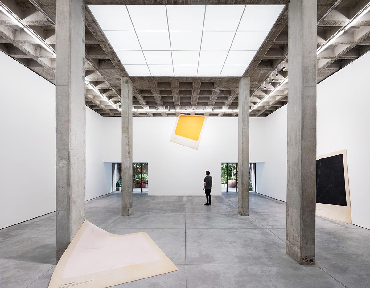 01-galeria-omr-mateo-riestra-jose-arnaud-bello-max-von-werz-foto-rory-gardiner