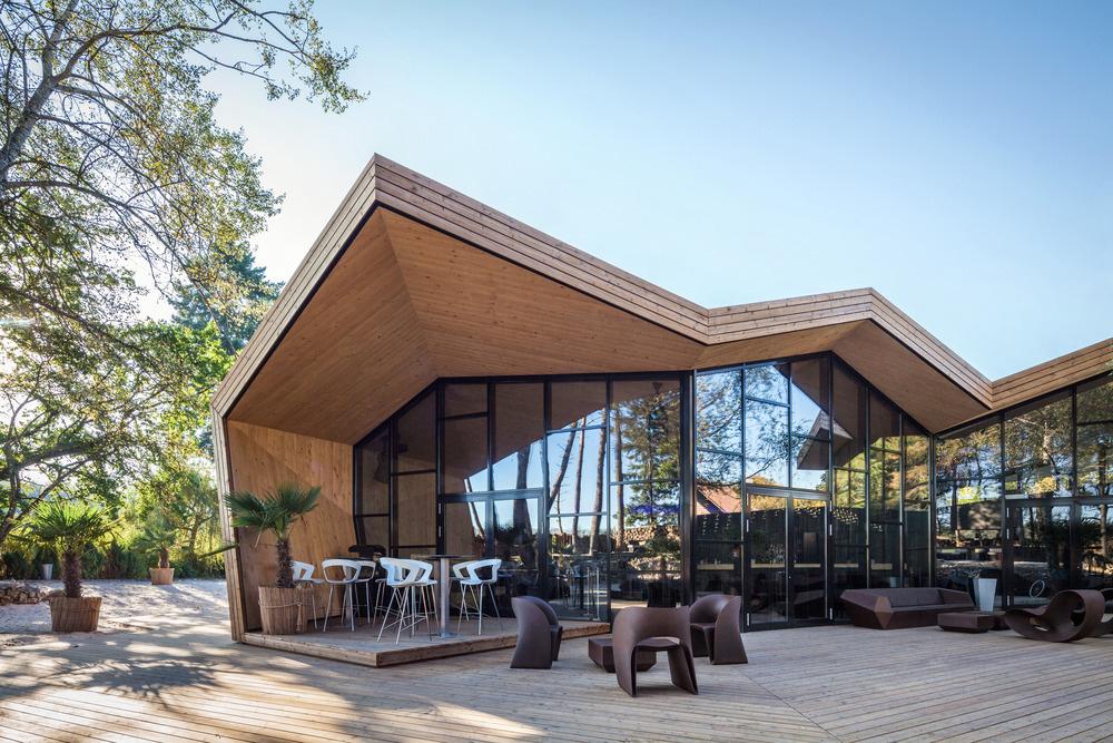 04-boos-beach-club-restaurant-metaform-architects-foto-steve-troes-fotodesign