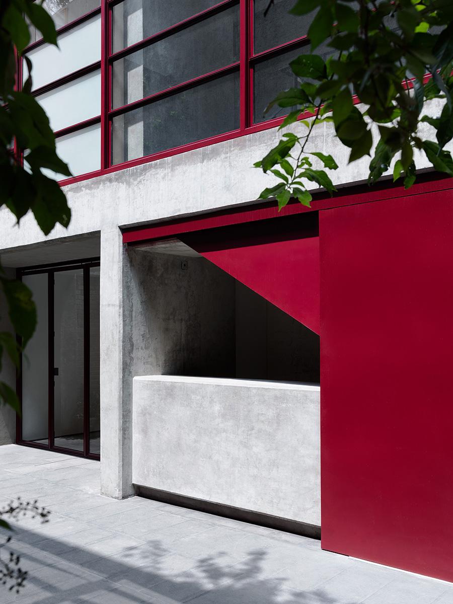 05-galeria-omr-mateo-riestra-jose-arnaud-bello-max-von-werz-foto-rory-gardiner