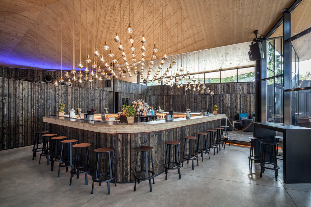 07-boos-beach-club-restaurant-metaform-architects-foto-steve-troes-fotodesign