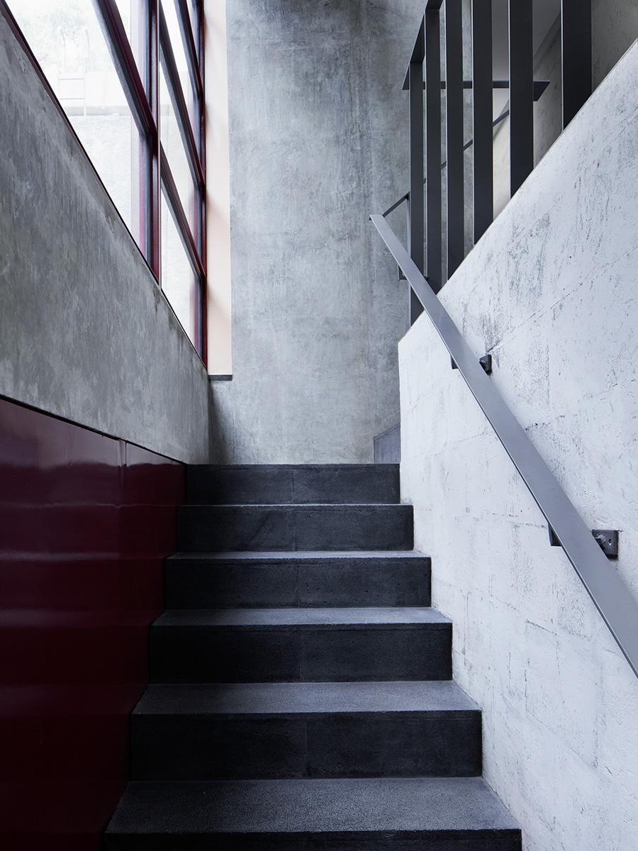 07-galeria-omr-mateo-riestra-jose-arnaud-bello-max-von-werz-foto-rory-gardiner