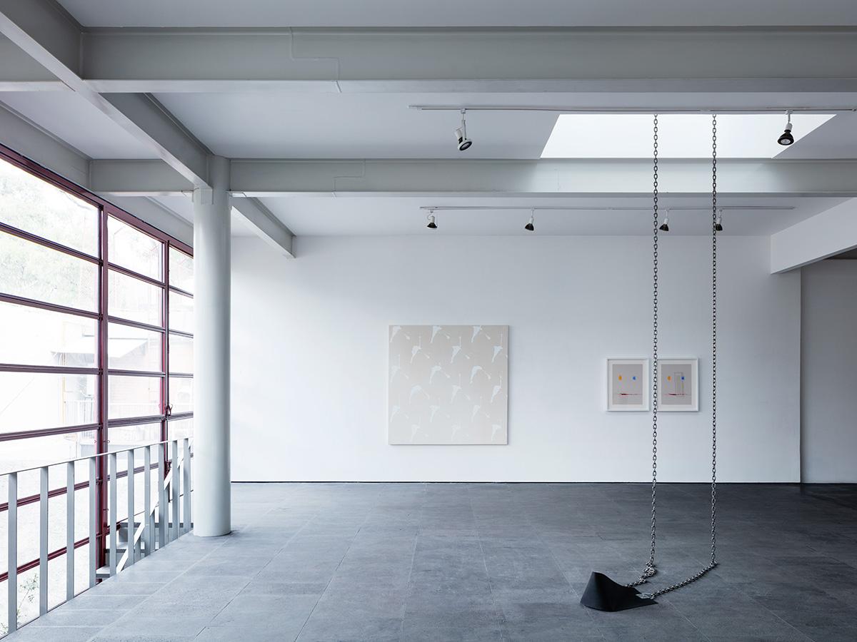 09-galeria-omr-mateo-riestra-jose-arnaud-bello-max-von-werz-foto-rory-gardiner