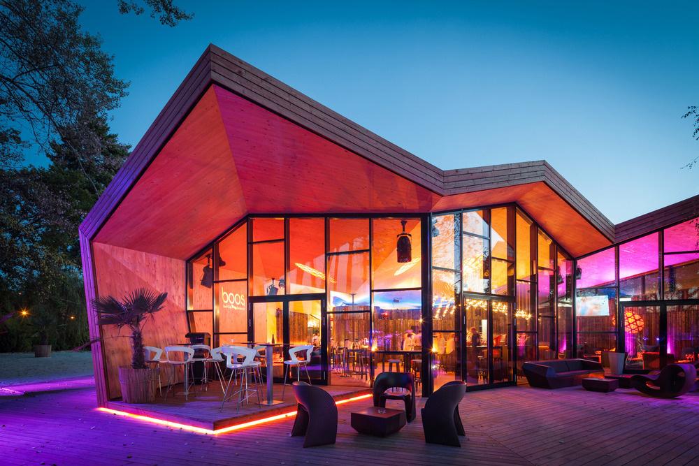 11-boos-beach-club-restaurant-metaform-architects-foto-steve-troes-fotodesign