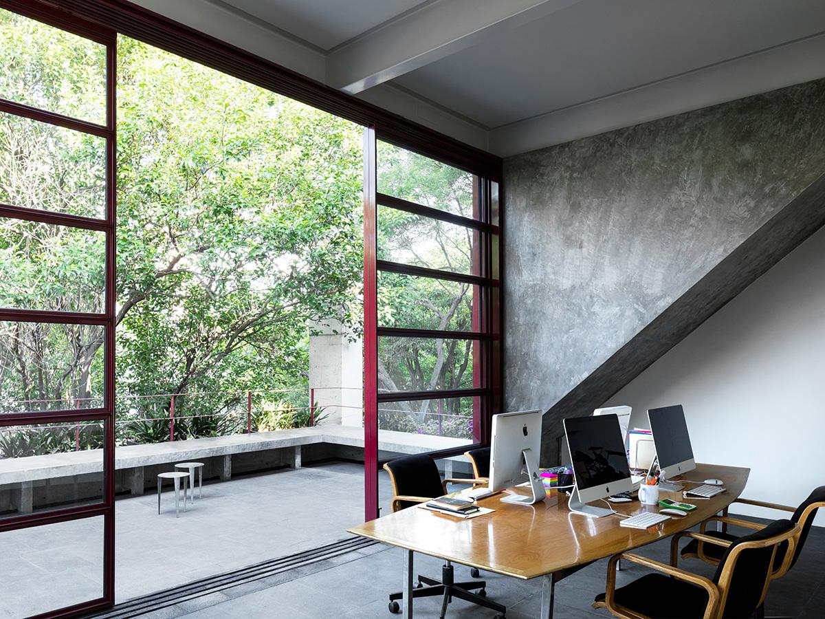 11-galeria-omr-mateo-riestra-jose-arnaud-bello-max-von-werz-foto-rory-gardiner