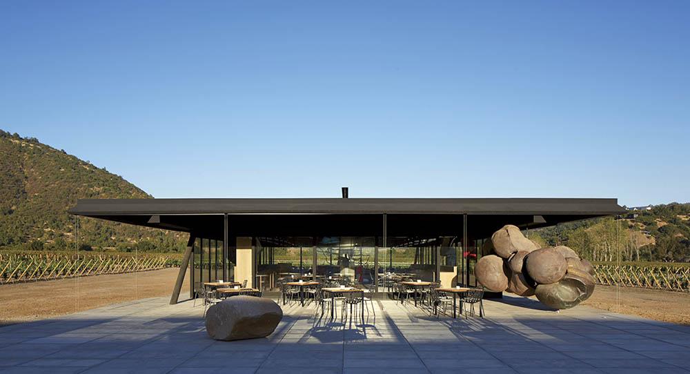 12-arquitectura-chilena-vina-vik-smiljan-radic-foto-cristobal-palma