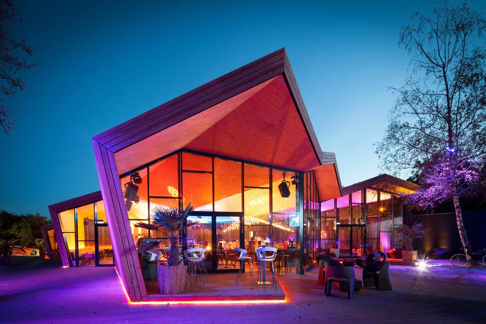 12-boos-beach-club-restaurant-metaform-architects-foto-steve-troes-fotodesign