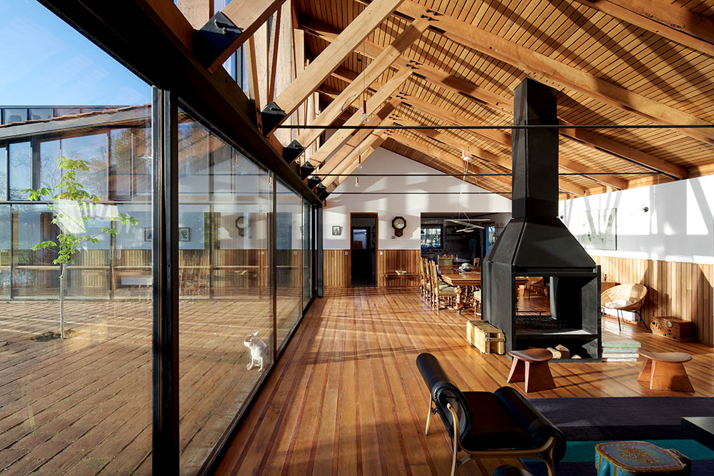 Ambientes arquitectura chilena casa yb por masaa for Arquitectura casa