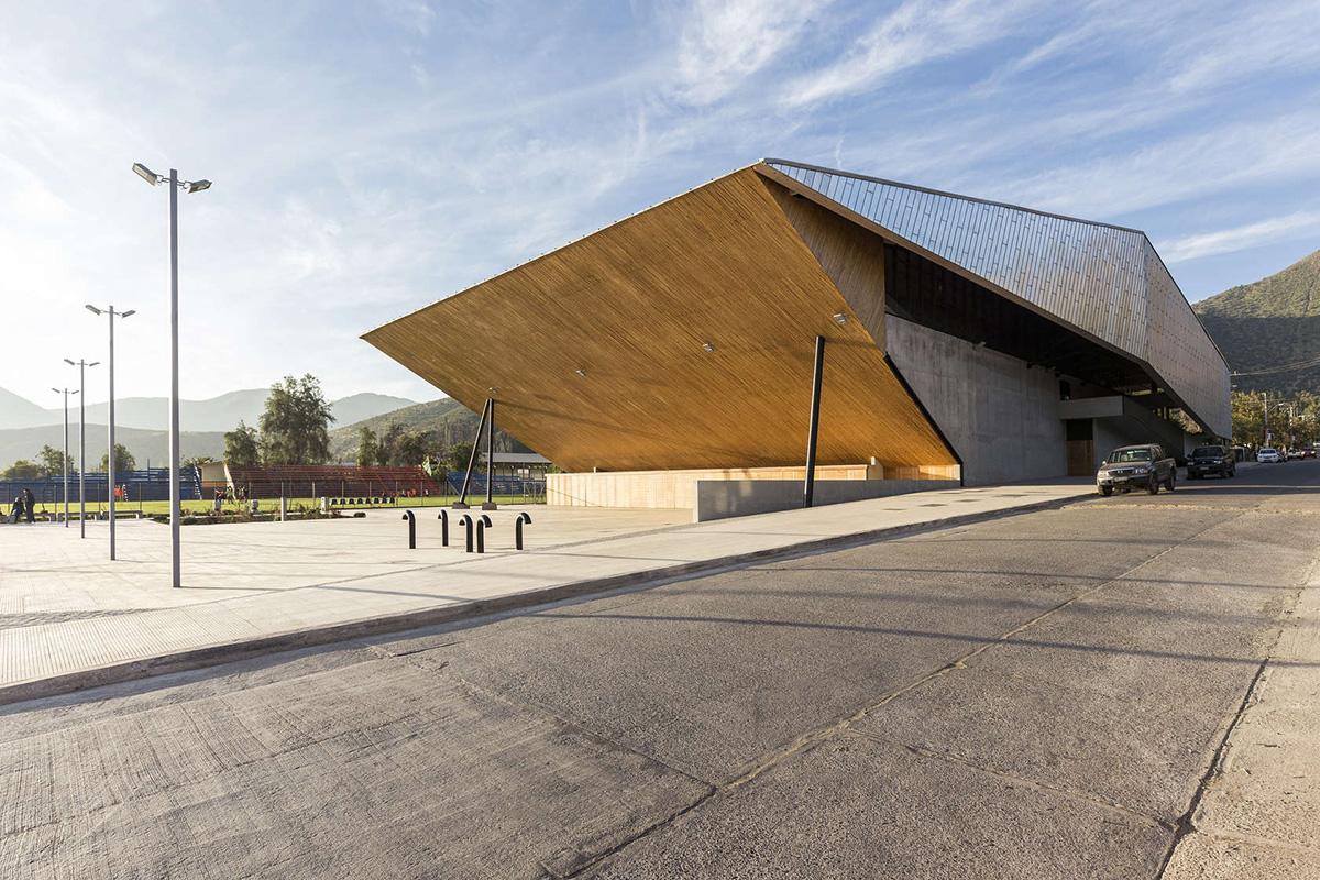 02-arquitectura-chilena-gimnasio-municipal-salamanca-carreno-sartorini-arquitectos