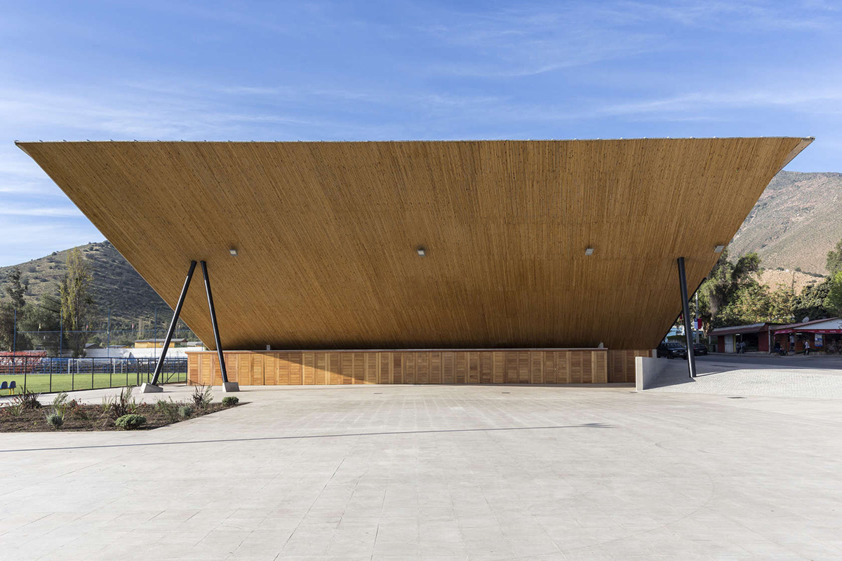 03-arquitectura-chilena-gimnasio-municipal-salamanca-carreno-sartorini-arquitectos