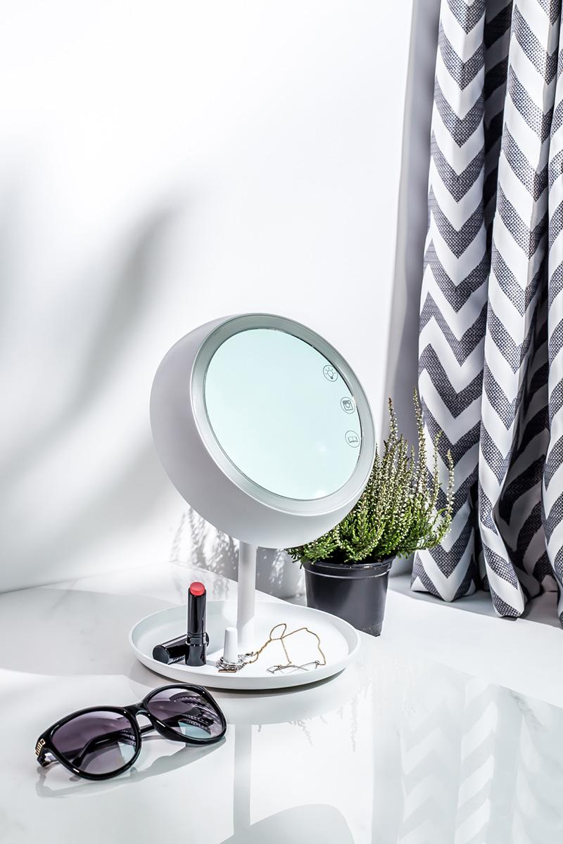 03-juno-smart-mirror