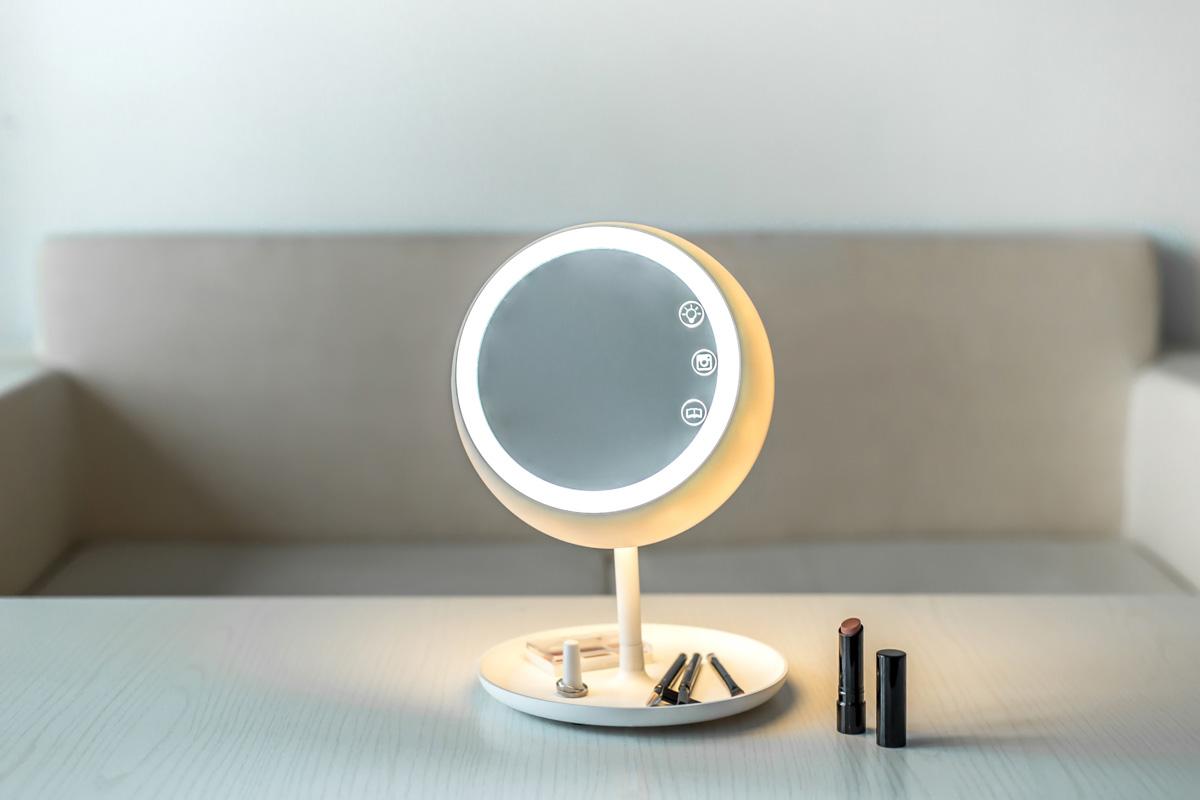 04-juno-smart-mirror