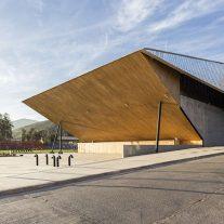 10-arquitectura-chilena-gimnasio-municipal-salamanca-carreno-sartorini-arquitectos