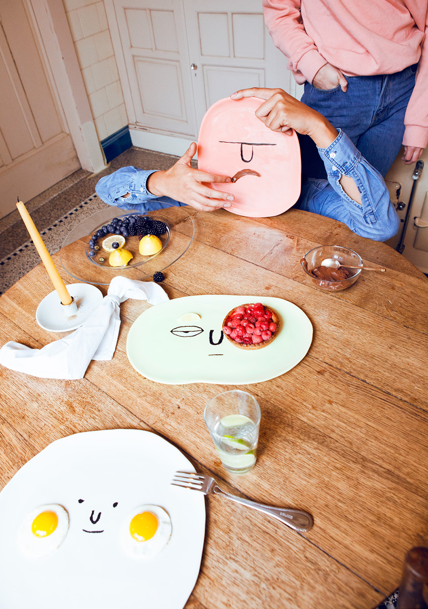 10-face-plates-jean-jullien-case-studyo
