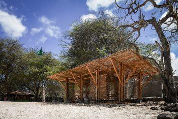 01-refugio-playa-man-the-scarcity-and-creativity-studio