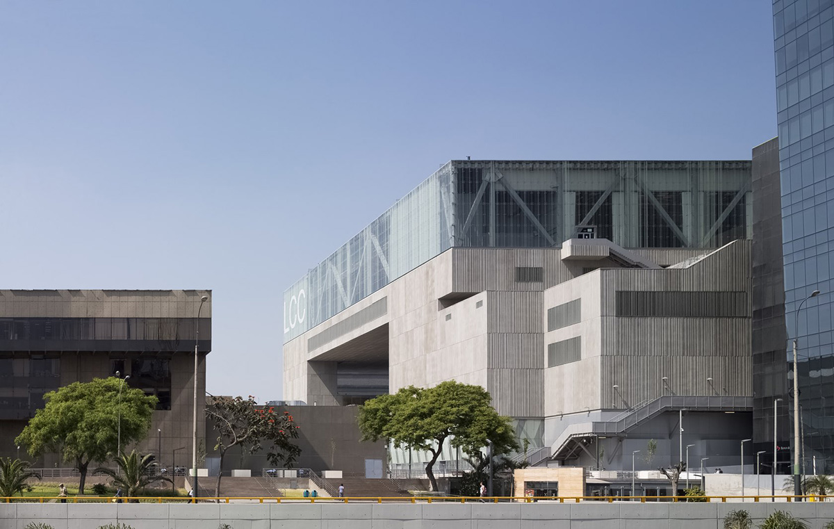 02-lima-convention-centre-idom