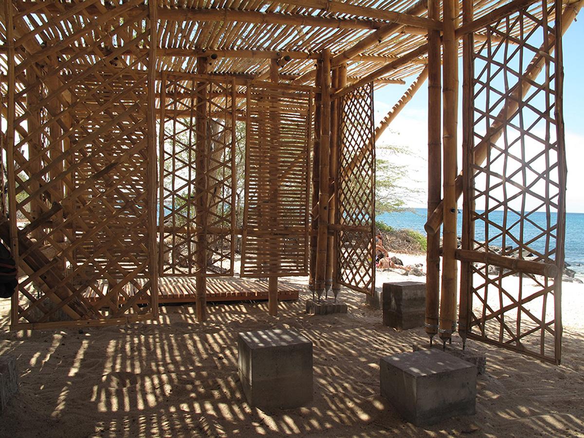 02-refugio-playa-man-the-scarcity-and-creativity-studio