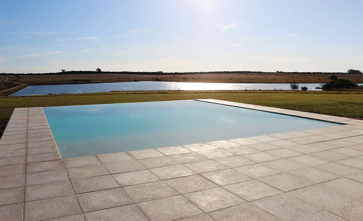 05-pool-house-la-lunera-nicolas-pinto-da-mota